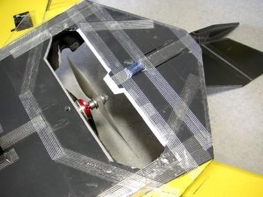 F117_18