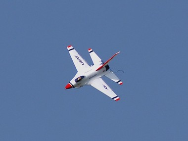F16_33